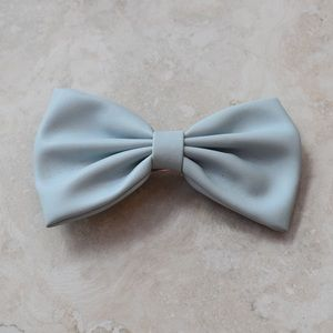 Blue Pleather Hair Bow 🎀